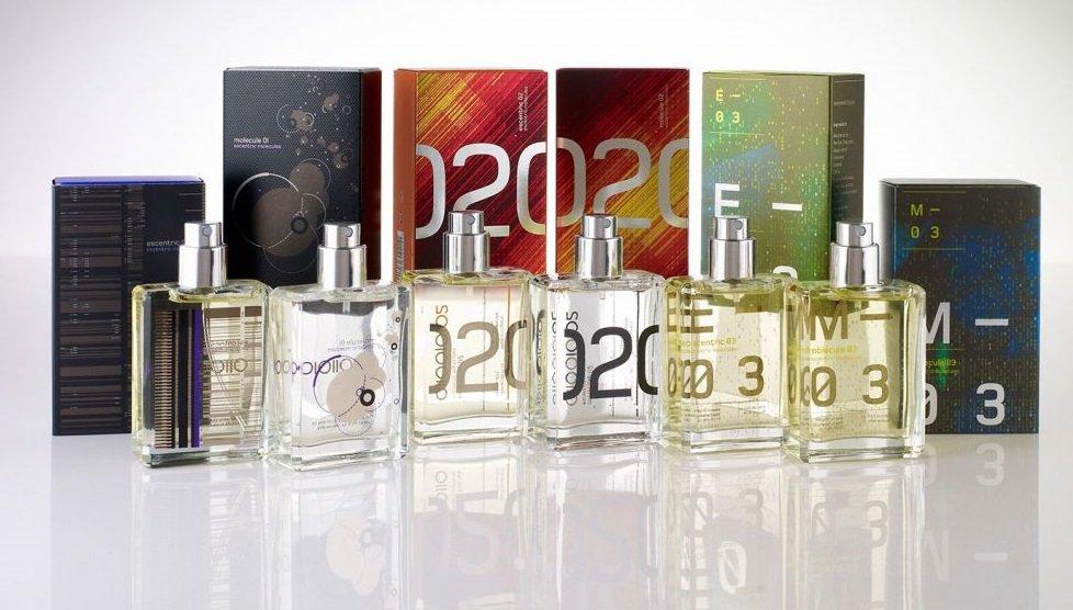 9526afcfe3e3 С древнейших времен парфюм занимал важное место в жизни людей. Еще в  Древнем Египте задумались о том, что приятный фимиам успокаивает мысли,  притягивает, ...